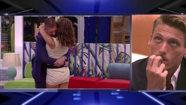GF, Francesca incontra il fidanzato Giorgio (per nulla geloso di Gennaro)