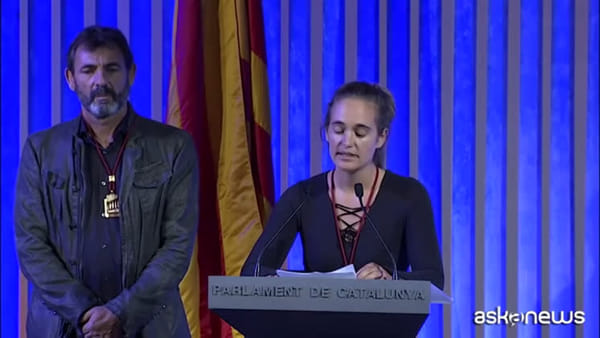 Il Parlamento catalano premia Carola Rackete e Open Arms