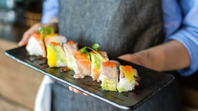 Vuoi lavorare nella ristorazione? Scopri questo nuovo annuncio per Camerieri e Sushi Chef