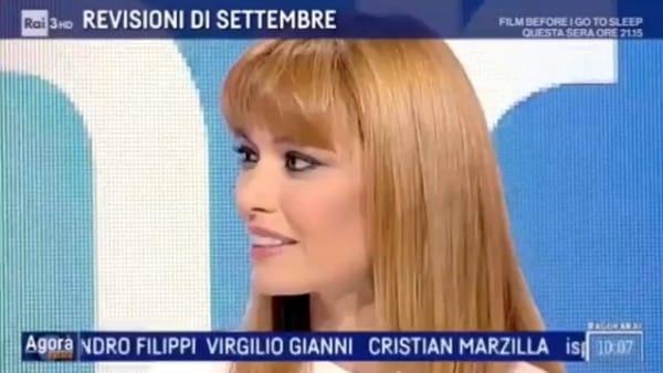 Carlotta Mantovan debutta in Rai emozionatissima: il saluto in diretta tv
