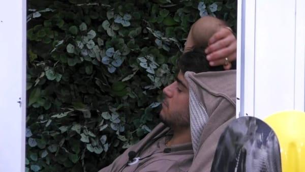 """GF Vip, lo sfogo di Fabio dopo la lite con Silvia: """"Mi ha dato fastidio quello che ha fatto"""""""