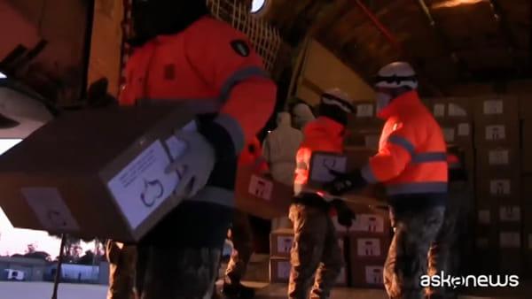Coronavirus, Russia manda 15esimo aereo militare con respiratori