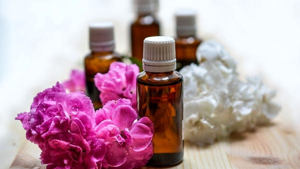 Aromaterapia in casa: gli oli essenziali del benessere