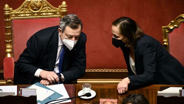 Il piano del governo Draghi per gli sbarchi (e per zittire Meloni e Salvini)