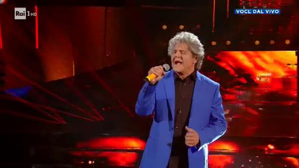 Agostino Penna vince Tale e Quale Show: l'imitazione di Fausto Leali è da brividi (VIDEO)
