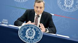 """Quota 102 """"secca"""" e reddito di cittadinanza tagliato fino a 300 euro: cosa cambia dal 1º gennaio 2022"""