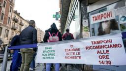 Green Pass: le nuove Faq, ipotesi stop per chi lavora da solo o all'aperto e tamponi a 5 euro