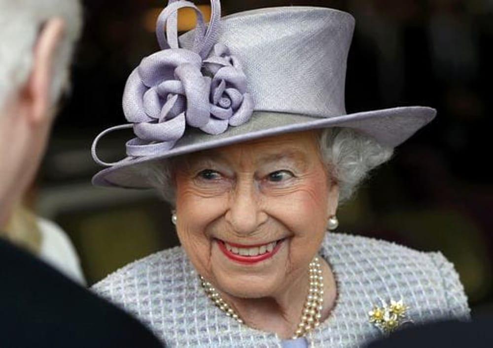Gb, la regina Elisabetta compie oggi 91 anni