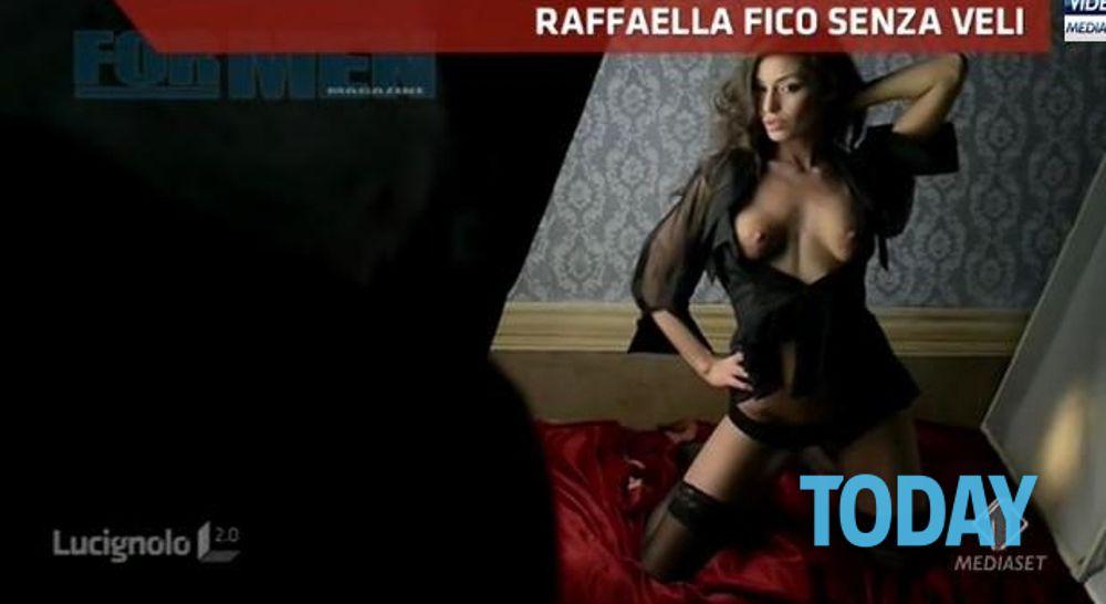 Raffaela Fico Calendario.Raffaella Fico Calendario 2014