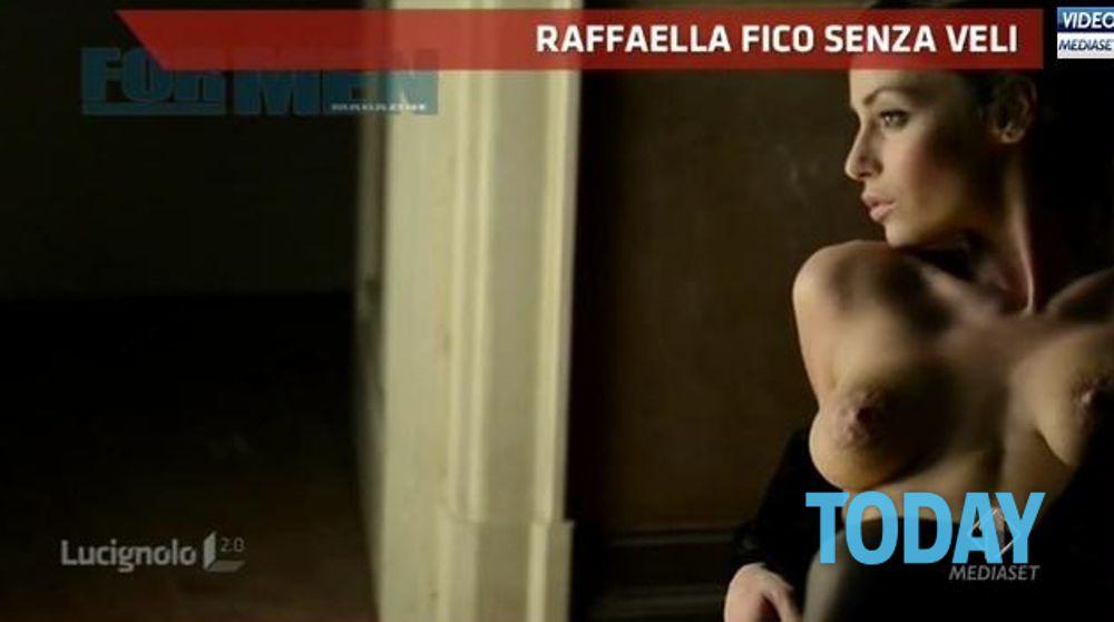 Raffaella Calendario.Raffaella Fico Calendario 2014