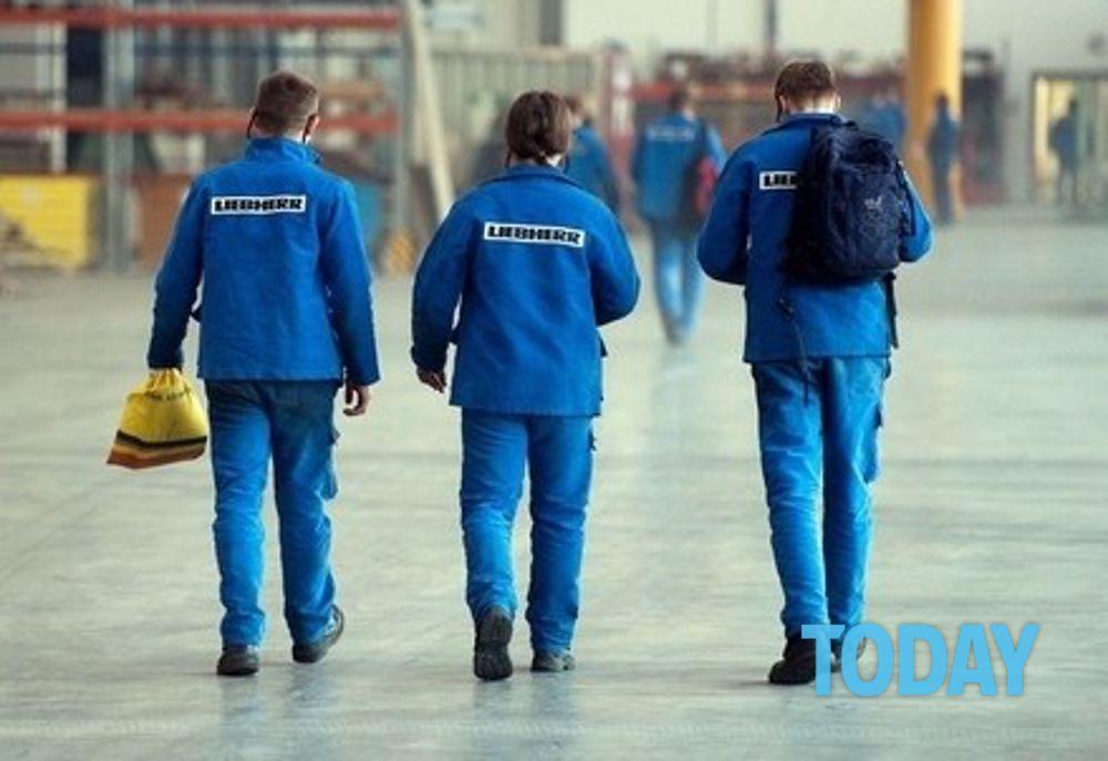 Ufficio Di Rappresentanza In Italia Dipendenti : In italia la vita lavorativa più breve deuropa: e gli stipendi