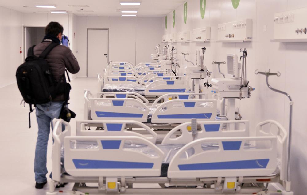 L Ospedale In Fiera A Milano Non E Servito Ma E Costato 21 Milioni