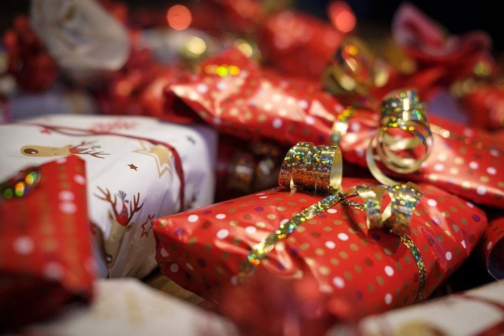 Regali Di Natale Da 40 Euro.Natale Riciclare I Regali Conviene Risparmio Da 3 3 Miliardi Di