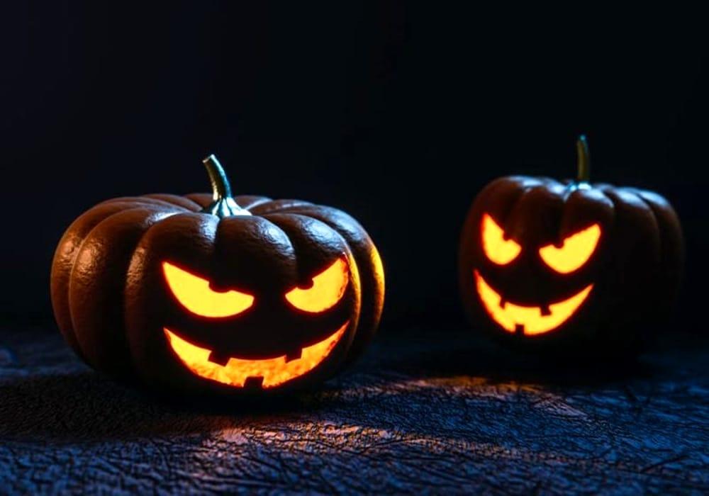 Come Fare La Zucca Di Halloween Video.Zucca Di Halloween Fai Da Te Come Fare Una Zucca Intagliata
