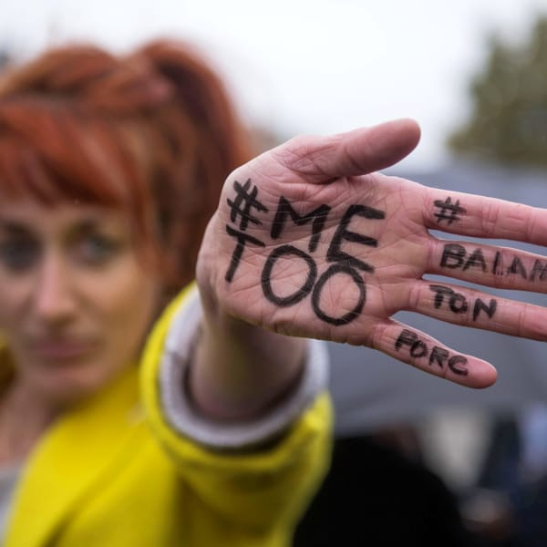 Nove ragazze su 10 vittime di catcalling, il sondaggio che imbarazza il Belgio