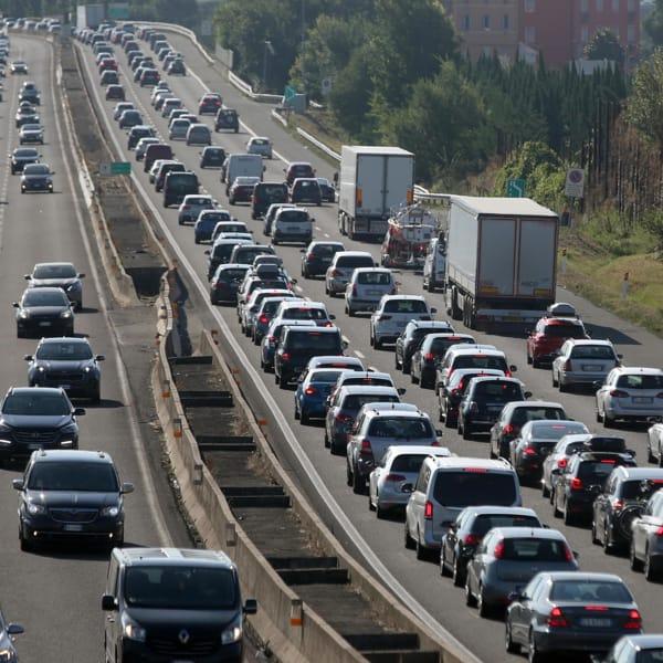 Lo sciopero dei camionisti contro il green pass