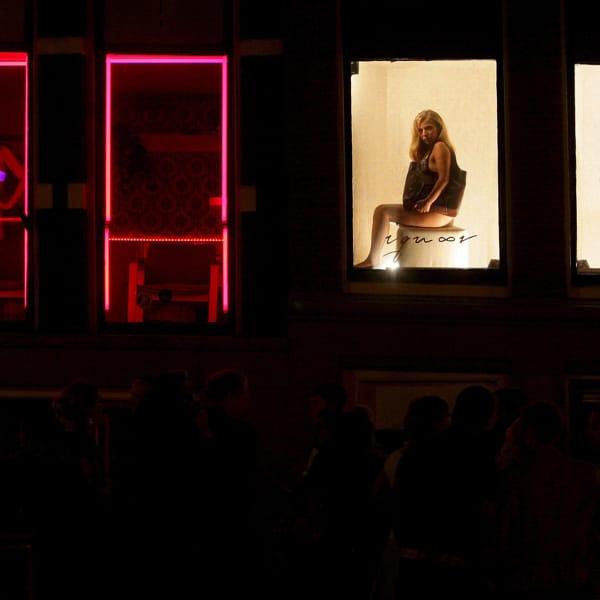 Dai quartieri a luci rosse al rischio di andare in galera, così gli Stati Ue gestiscono la prostituzione