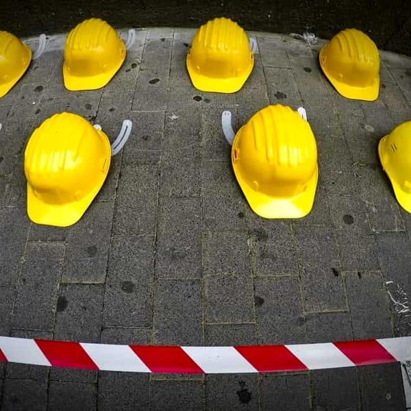 Morti sul lavoro, giornata nera: due operai morti e due feriti in poche ore