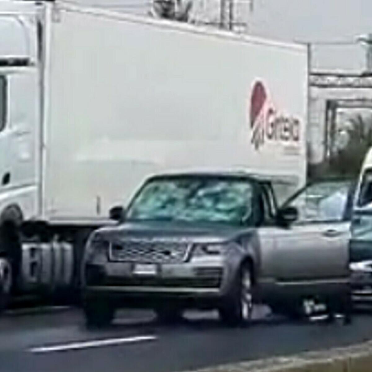 "Violenta grandinata in autostrada: decine di vetture ""crivellate"", disagi al traffico"