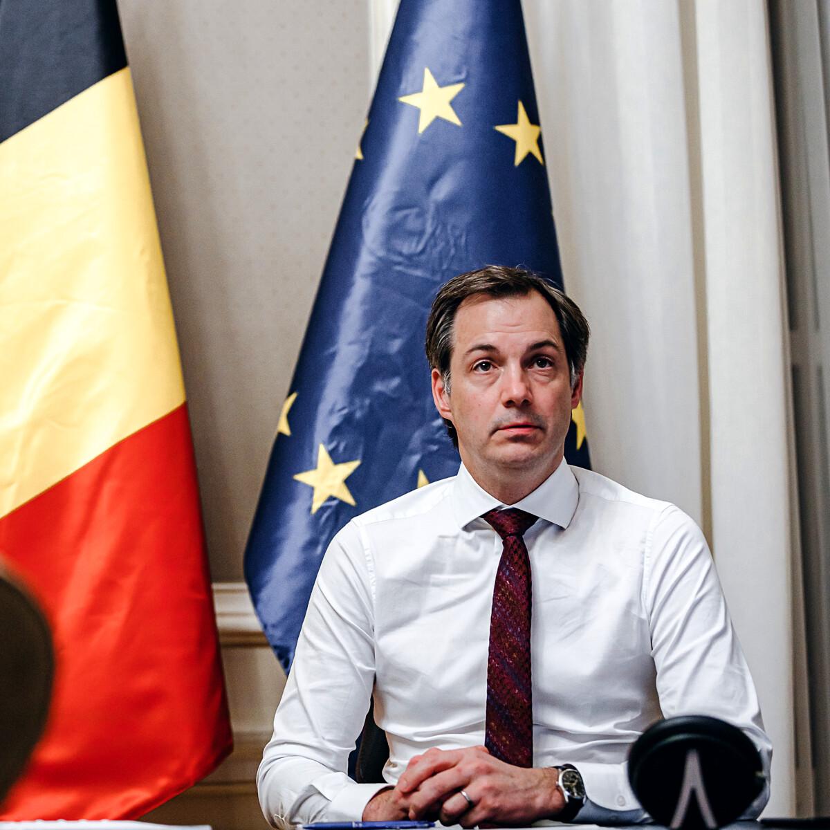 """Il Belgio dice no al green pass nei ristoranti e nei trasporti: """"Non ce n'è bisogno"""""""