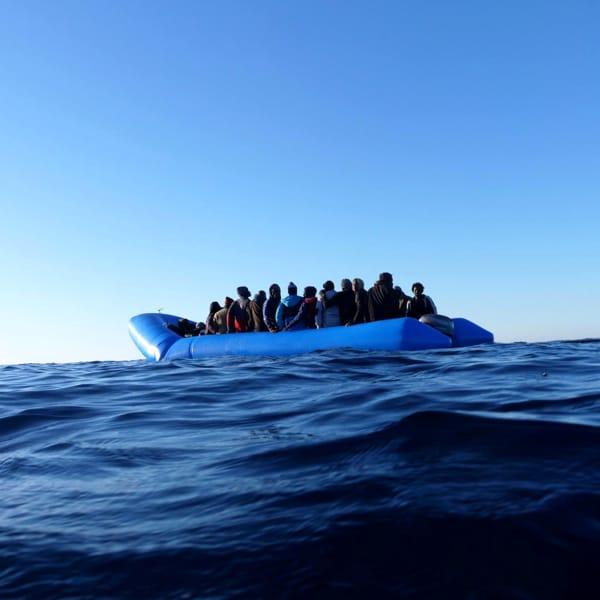 Migranti irregolari sorvegliati dallo spazio: il progetto pilota finanziato dall'Ue