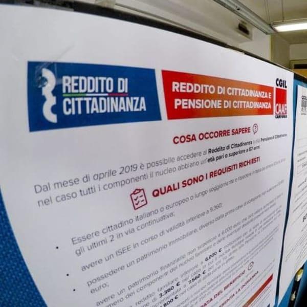 """Reddito di cittadinanza: spuntano la dichiarazione """"per lavorare"""" e il taglio dell'assegno"""