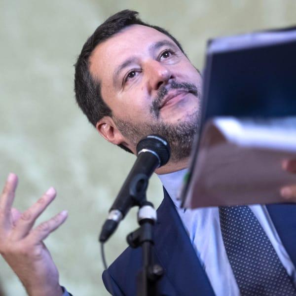 """""""Col green pass trasformiamo baristi e camerieri in poliziotti?"""" la frecciata di Salvini a Draghi"""