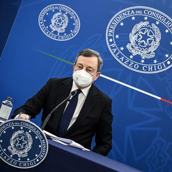 Reddito di cittadinanza ''da rivedere'': nuova grana per Draghi
