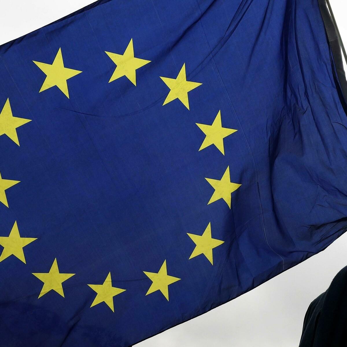 Schiaffo del Comitato olimpico all'Ue: ecco perché la bandiera europea non sventola ai Giochi