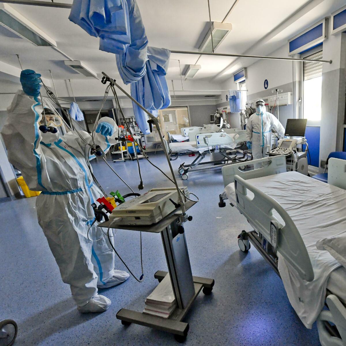 Coronavirus, il bollettino di oggi sabato 24 luglio 2021: 5.410 nuovi casi e 5 morti. Risalgono i ricoveri