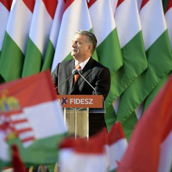 #EURecap, il referendum di Orban sulla legge anti-Lgbt+ e il dibattito sul Green Pass