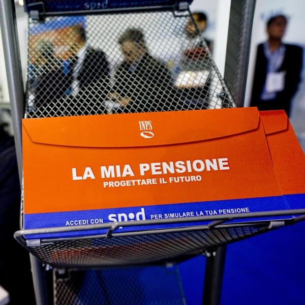 Pensioni, prima Quota 102-104 poi torna la Fornero: Draghi tratta, cosa cambierà davvero dal 1º gennaio 2022