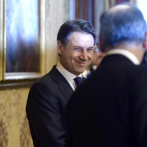 La mossa del M5s: Franco a Palazzo Chigi se Draghi sale al Colle