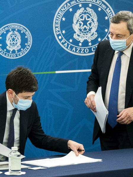 Cosa farà il governo Draghi con il coprifuoco, i matrimoni e i centri commerciali