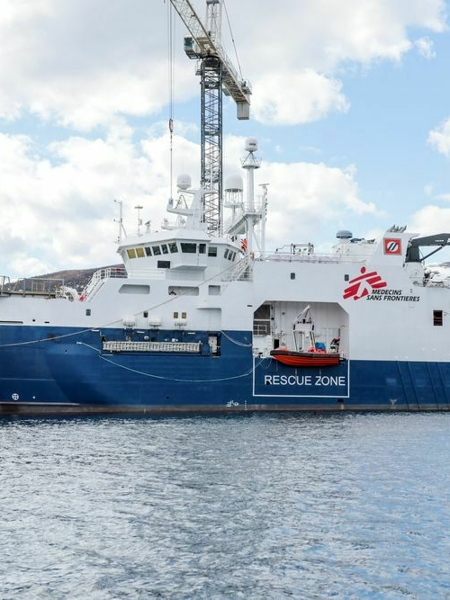 Geo Barents, c'è una nuova nave umanitaria nel Mediterraneo dei migranti